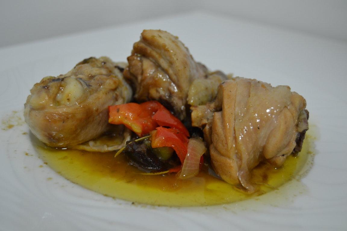 pollastre-amb-prunes-restaurant-la-creu-móra-debre