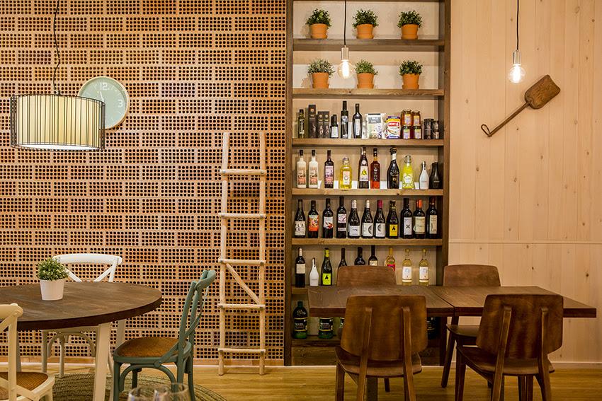 hostal la creu mora ebre restaurant 6
