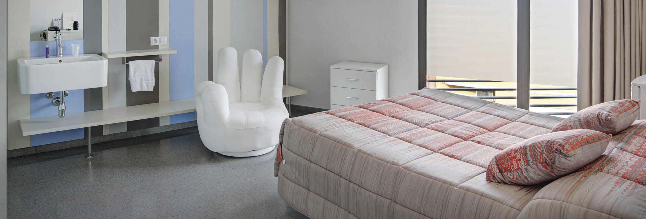 hostal la creu mora ebre tarragona habitacions-01 (FILEminimizer)